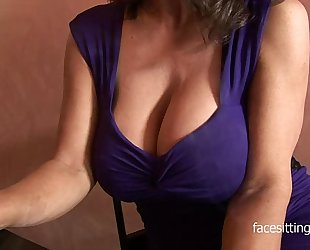 Barman lip-service repel this cougars huge cleavage
