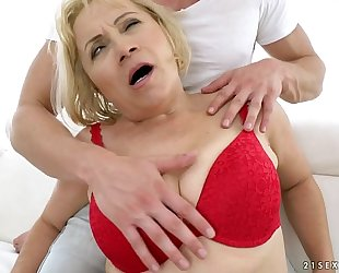 Granny anal fuck - dolly fair-haired