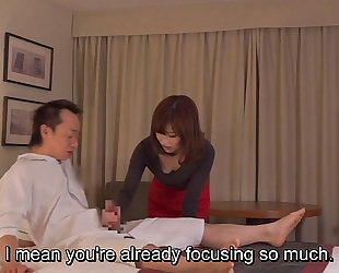 Subtitled cfnm japanese tourist house milf rub down leads to tugjob