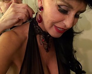 Granny goes black-dirty white bitch gilf takes 3-way bbc fuck of her life