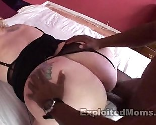 Mom with big booty gets full of black shlong in interracial episode scene
