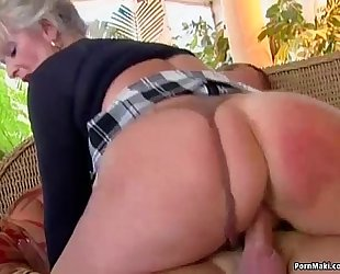 Busty older can't live without youthful jock