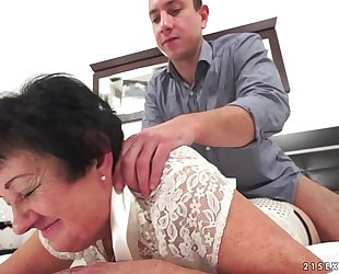 Kinky grandma drilled after massage