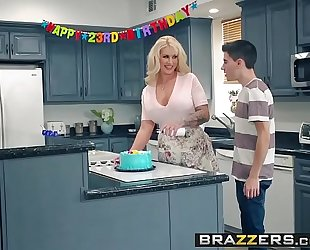 Brazzers - mom got marangos - my allies screwed my mamma scene starring ryan conner, jordi el ni&ntild